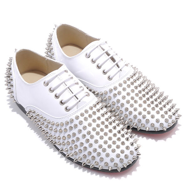 Christian Louboutin Rollerboy Spikes Loafers Wei?